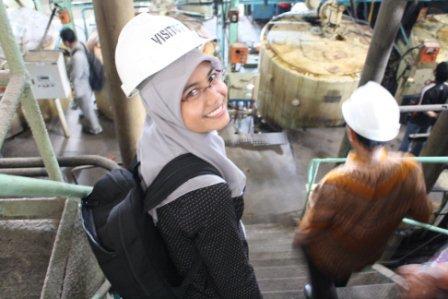 Senangnya Berkunjung ke Pabrik Gula :D